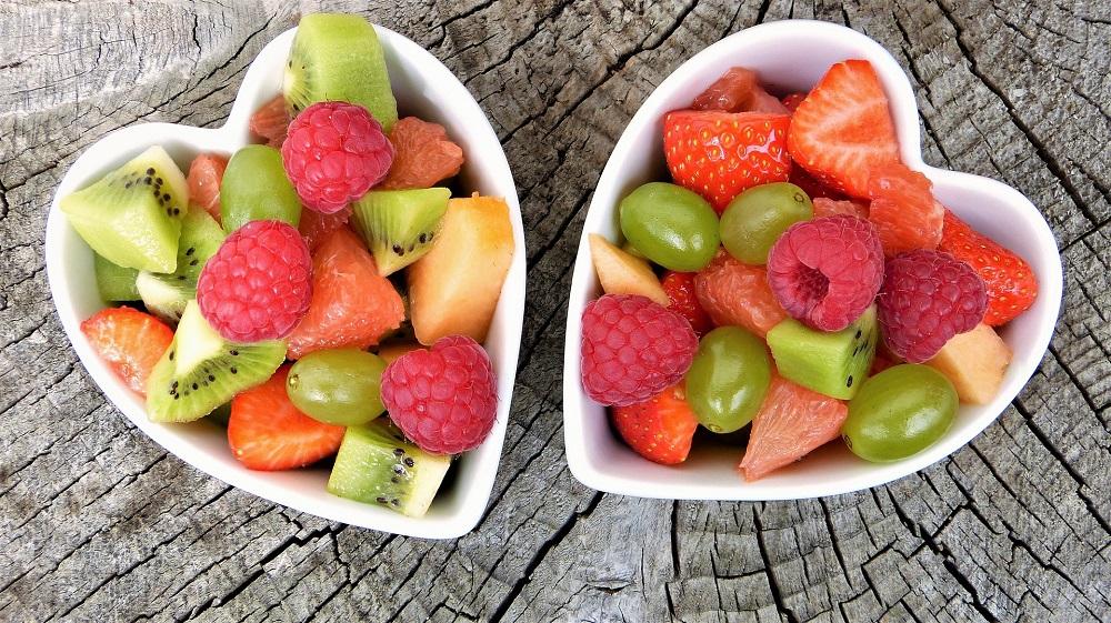 modern_women_walentynki_fruit